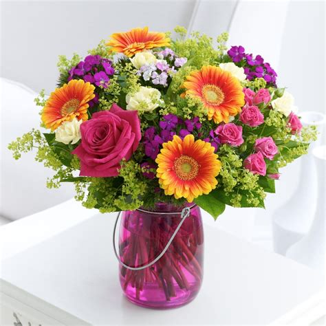 How To Take Care Of Flowers In Vase how to care in flowers in vase with water given typesofflower