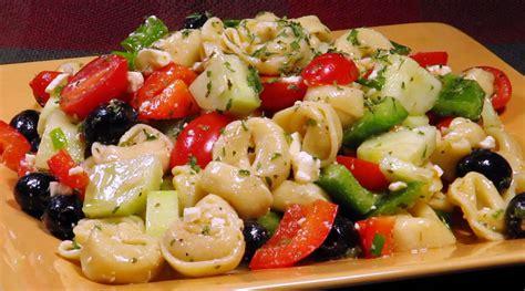 tortellini pasta salad zesty tortellini salad recipe dishmaps