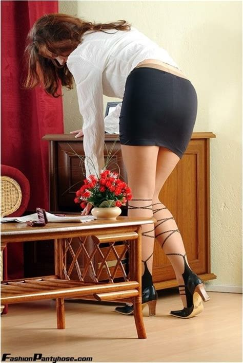 secretary bent over skirt 266 best bending over images on pinterest