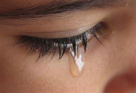 manfaat menangis gudangku