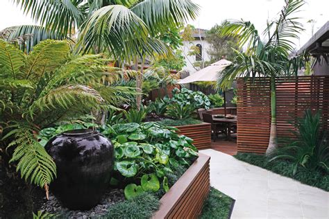 Tropical Backyard Landscaping Ideas Tropical Home Garden Decoration My House Pinterest Gardens Tropical Garden And Garden Ideas