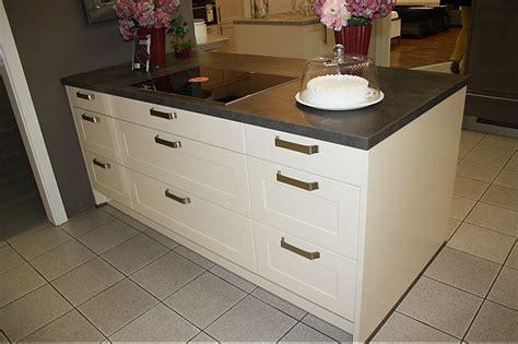 zeitgenössische küchen mit weißen schränken k 252 che moderne k 252 che dunkel moderne k 252 che moderne k 252 che