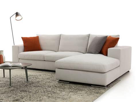 divani prezzi outlet divano hyeres artigianale prezzi outlet