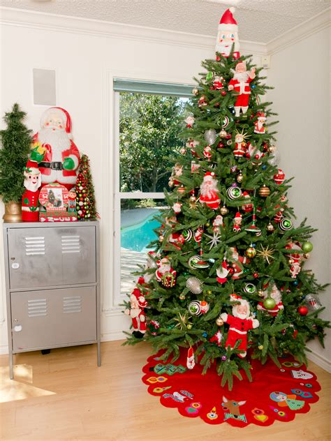 images christmas trees decorated christmas lights decoration