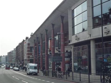 Swiss Cottage Shops finchley road shops opposite hotel picture of inn express swiss cottage