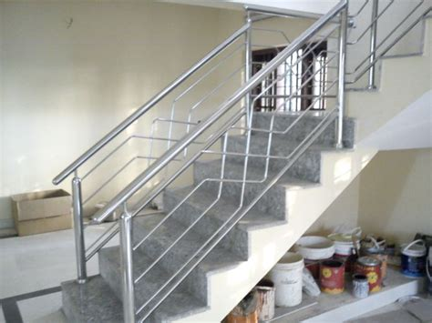 V Tech Industries   Stainless Steel and Glass Handrail