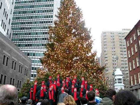 singing christmas tree south street seaport nyc youtube
