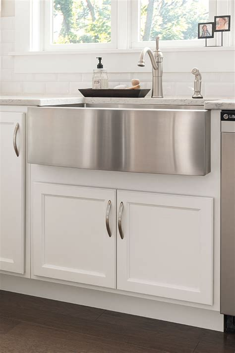 thomasville specialty products country sink base