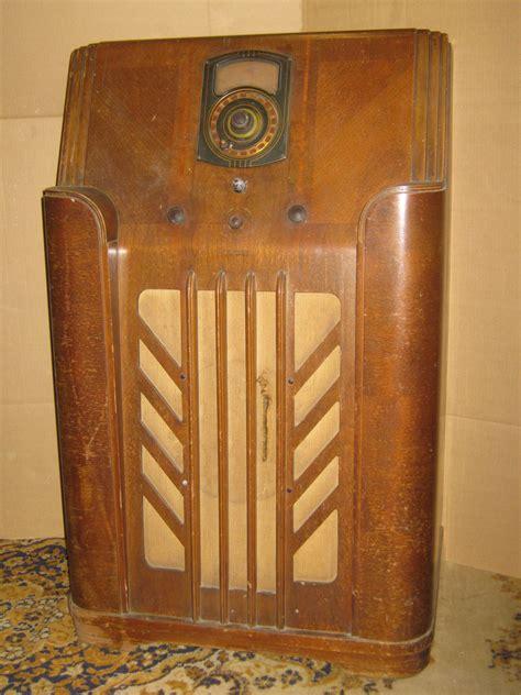 Vintage Floor Radio by Vintage Antique 1938 Philco Model 38 2 Floor Standing 11