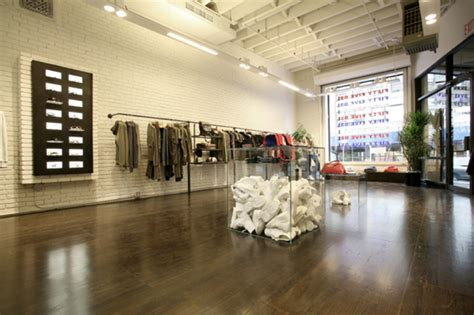 modern fashion store interior design showcase shine