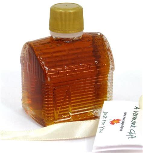 maple syrup log cabin vermont wedding favor