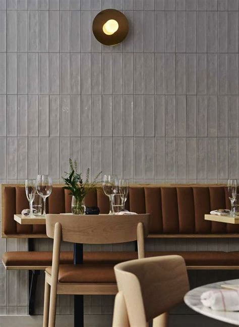 what is banquette seating