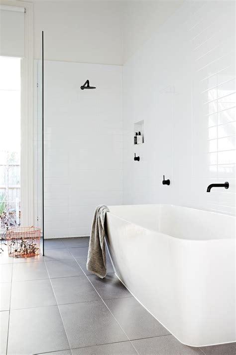 uncategorized 35 contemporary minimalist bathroom best 25 modern white bathroom ideas on pinterest