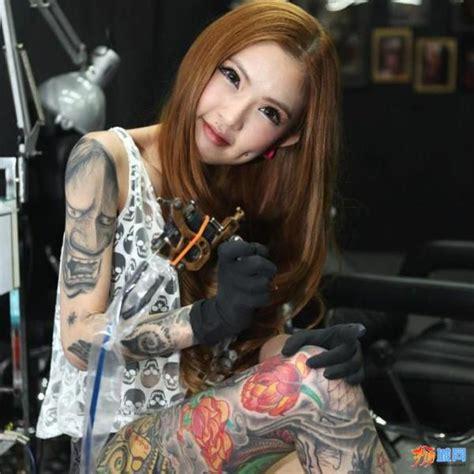 女纹身师图片 女纹身师图片大全 社会热点图片 非主流图片站