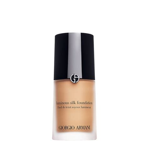 5 Best Foundations For Winter Time by Best Winter Foundations According To Makeup Artists
