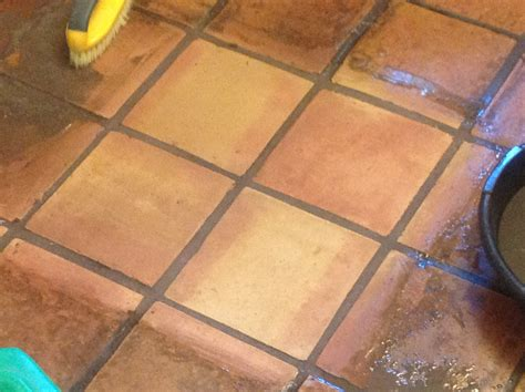 Tile Floor Refinishing and stripping services   California