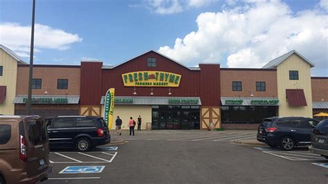 fresh thyme anchored vadnais square shopping center sells