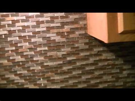 how to install tile backsplash mosaic glass