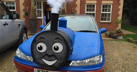 peugeot  hdi thomas  tank engine car   smoke machine   front    steam