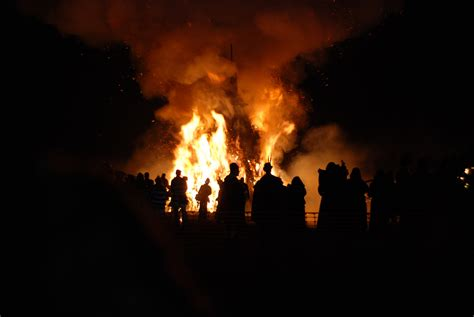 the bonfire of the what is bonfire night in england
