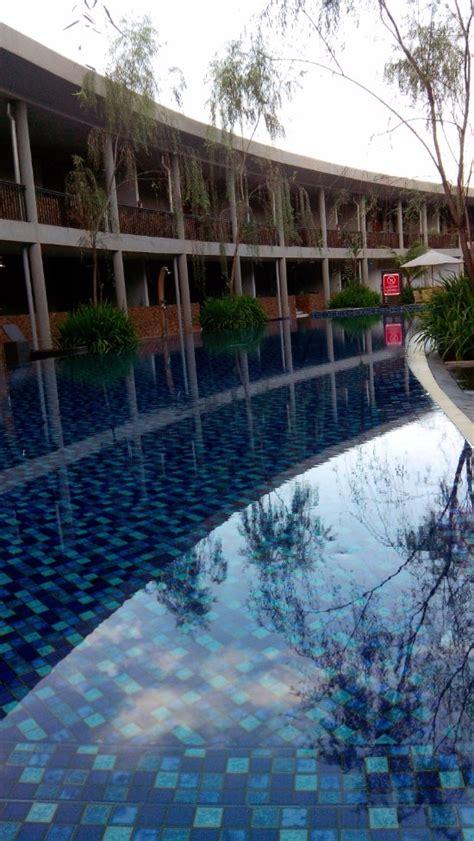 agoda aston sentul hotel neo green savana sentul city 호텔 리뷰 가격 비교