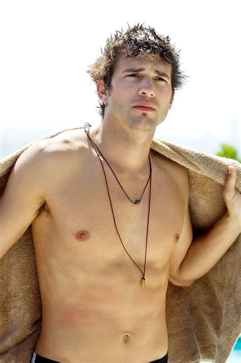 spread ashton kutcher ashton kutcher spread the hottest shirtless guys in