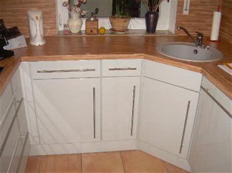 schöne günstige küchen wohnzimmer in rot und schwarz