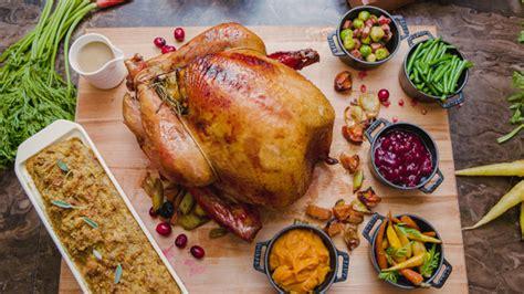 best thanksgiving dinner nyc s best restaurants for thanksgiving dinner 171 cbs new york