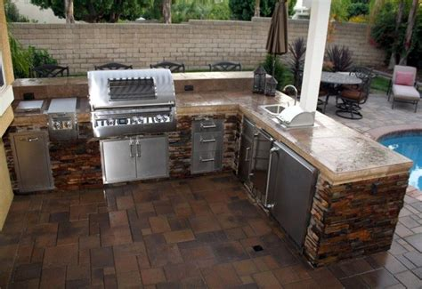 Fascinating Outdoor Kitchen For Backyard Landscape With L