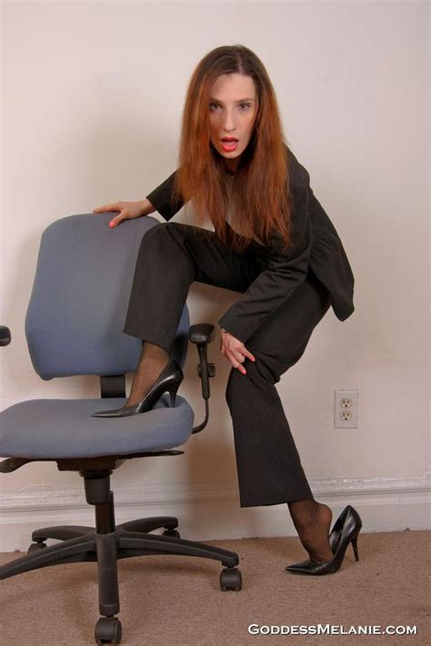 goddess melanie foot 5 day worn kneehighs and pantyhose auction shots photo
