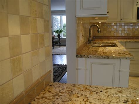 kitchen backsplash ceramic tile glazed ceramic tile c 233 ramiques hugo inc