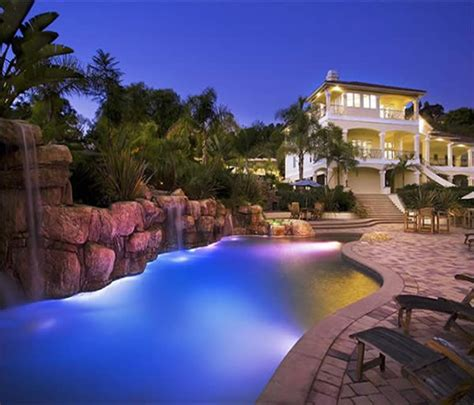 Backyard Pool Lighting Increasing Home Values With 12 Modern House Design Trends