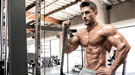 big ripped actors celebrity personal trainer tips to get hollywood ripped