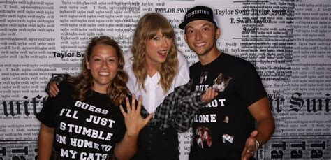 taylor swift engaged 2018 taylor swift fans get engaged during meet greet with the