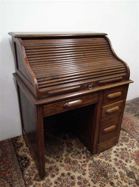 Small Oak Roll Top Desk Small Oak Roll Top Desk Antiques Atlas