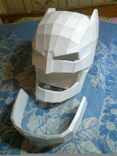 Helmet Papercraft - batman v superman size batman helmet for