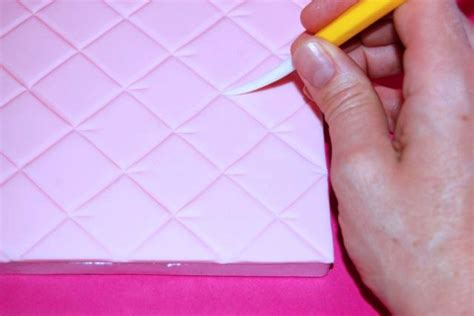 How To Quilt A Cake With A Ruler by Go From Drab To Fab With This Quilted Cake Board Tutorial