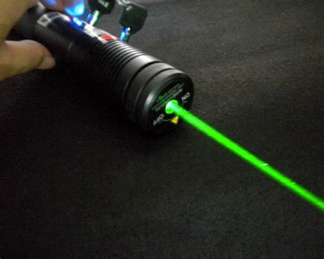 green laser diode high power 500mw 532nm green laser pointers 500mw green 480 00 high power burning laser pointers