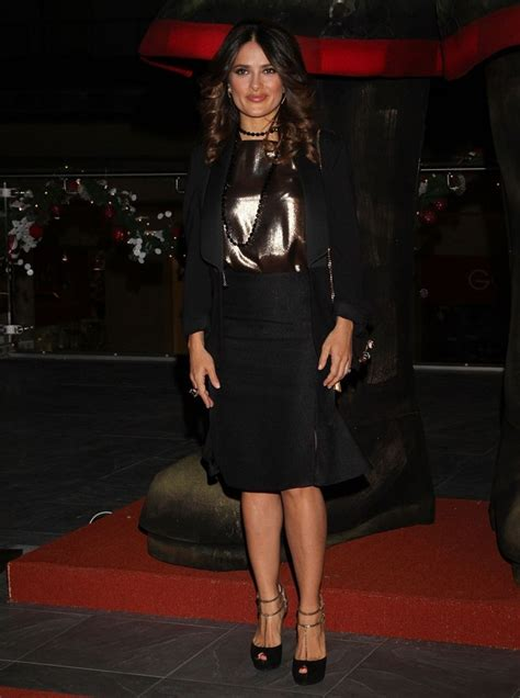 Salma Dress Ori By Alhamda foto salma hayek menghadiri premier puss in boots di meksiko foto 16 dari 20