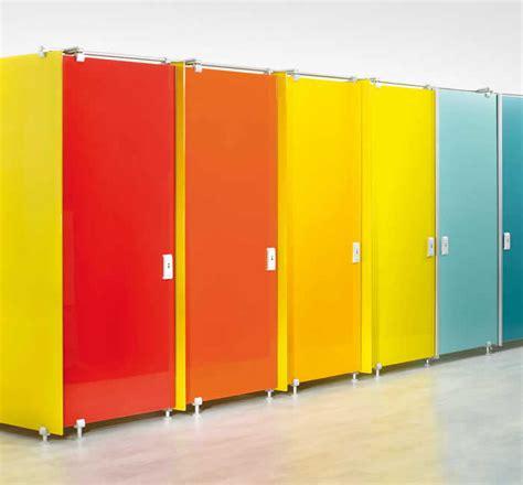 autogrill con doccia pareti divisorie per box wc doccia cabine a rotazione
