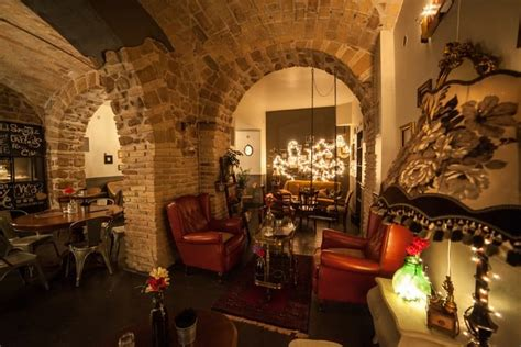 best clubs in rome rome nightlife guide best bars in rome
