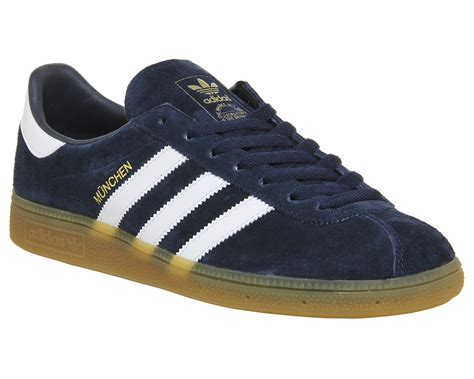 Adidas Munchen Snakers adidas munchen collegiate navy gum trainers shoes ebay