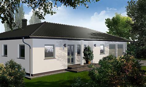 überdachung haus bungalow mit doppelgarage beste bildideen zu hause design
