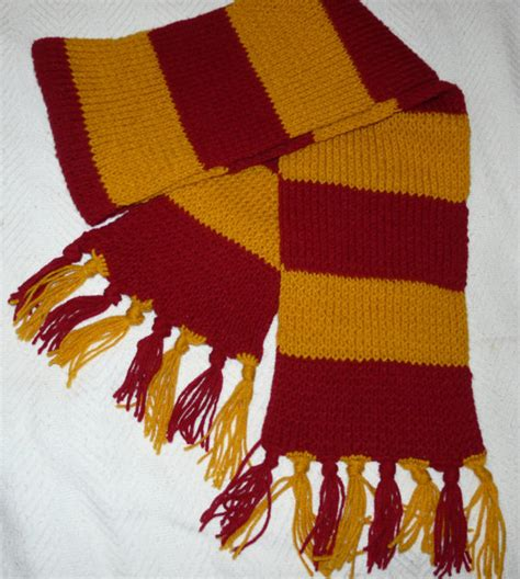 knitting pattern gryffindor scarf harry potter gryffindor knit scarf with tassels by ainsdesign