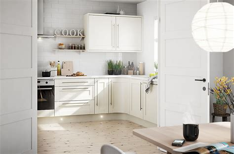 ivory shaker kitchens beautiful ivory it brookfield textured ivory style shaker diy at b q