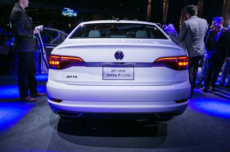 volkswagen jetta r line exploring the design of the 2019 volkswagen jetta