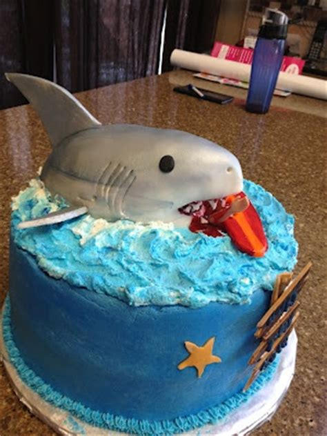 jaws boat cake 17 best images about animal shark on pinterest great
