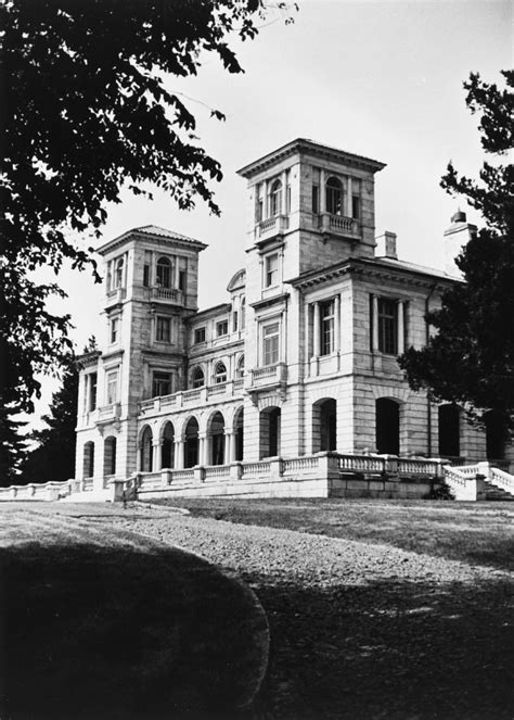 swannanoa palace colonial ghosts