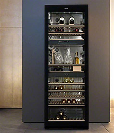armoire a vin armoire a vin table de cuisine
