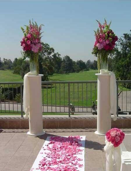 small wedding ceremony orange county ca white columns pillars for ceremony decorations 171 weddingbee boards hotel flowers